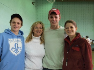 Matt, Angie, Tim, and Molly Potter volunteering as a family
